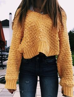 Nice Outfits With Sweatpants with Cute Outfits For High School Cute Outfits With Adidas Sweatpants opposite Cute Outfits For School To Impress A Guy about Cute Casual Outfits With Leggings Look Fashion, Teen Fashion, Winter Fashion, Fashion Outfits, School Fashion, Petite Fashion, Fashion 2018, Curvy Fashion, Fasion