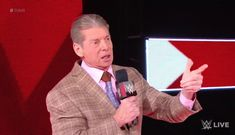 Vince McMahon Makes Change To Wrestlemania 35 Main Event Wrestlemania 35, Stephanie Mcmahon, Vince Mcmahon, Charlotte Flair, Wrestling News, Triple H, Becky Lynch, Knee Injury, Ronda Rousey