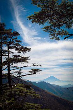 Mt. Fuji from Mizugaki-yama, Japan 瑞牆山からの富士山