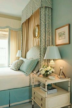 Aqua, gold and white bedroom. I am thinking about this color scheme to go with my new cast iron white and gold #Bedroom Decor