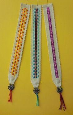 2014-12 TW-Buchzeichen der 4. Klasse Crafts For Kids, Arts And Crafts, Diy Crafts, Textiles, Elementary Art, Tassel Necklace, Barn, Embroidery, Sewing