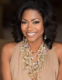 Maaliyah Papillion Miss Louisiana USA 2016 Encourages Young Women Pageant Makeup, Beauty Pageant, Professional Headshots Women, Corporate Headshots, Business Headshots, Pageant Headshots, Corporate Women, Headshot Poses, Lab