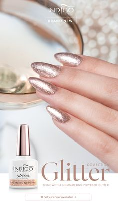 Money No Honey - Indigo Glitter Collection No Money, No Honey – nails that sparkle like champagne? Spendor, luxury and decadence which you can enjoy without any stings of remorse. Gel Polish Manicure, Gold Manicure, Mermaid Effect, Nail Lab, Indigo Nails, Nail Effects, Nailart, Champagne, Honey
