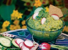 Tangy Green Guacamole Guacamole Recipe Easy, Gourmet Tacos, Rick Bayless, Light Recipes, Appetizer Recipes, Bohemia Beer, Bohemian, Fit, Beer Recipes