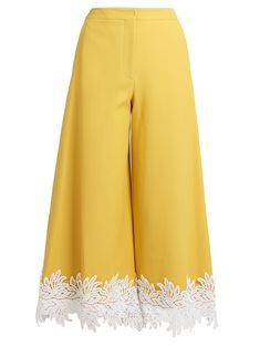 Shop for Macramé lace-trimmed twill culottes by Sara Battaglia at ShopStyle. Plazzo Pants, Salwar Pants, Pakistani Dress Design, Pakistani Dresses, Salwar Designs, Blouse Designs, Stylish Dresses, Casual Dresses, Sweater Dresses