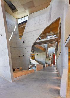 Abedian School of Architecture by CRAB Studio (Design Team: Sir Peter Cook and Gavin Robotham, Mark Bagguley, Jenna Al-Ali, Ting-Na Chen, Lorene Faure, Yang Yu, Tim Culverhouse) / Queensland, Australia