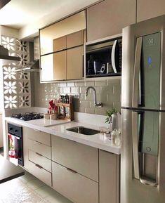 Kitchen Interior, Small Living Rooms, Home Decor Kitchen, Kitchen Decor, Kitchen Room Design, House Interior, Home Interior Design, Tiny House Interior Design, Kitchen Design