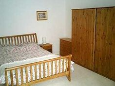 Mill Cottage West Linton, Peeblesshire, Scottish Borders (Sleeps 1 - 5), UK, Scotland. Self Catering. Holiday Cottage. Holiday. Travel. Accommodation. Children Welcome. Pets Welcome. Fishing.