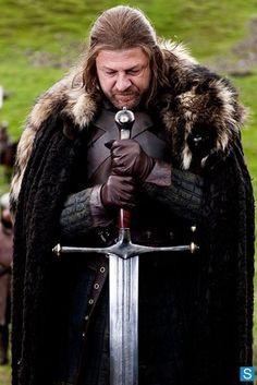 Photos - Game of Thrones - Season 1 - Promotional Episode Photos - Episode 1 - Stark, Ned-at-execution[2]