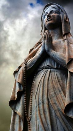 Blessed Mother in prayer (Mary). Blessed Mother Mary, Blessed Virgin Mary, Religious Icons, Religious Art, Religious Images, Queen Of Heaven, Mama Mary, Cemetery Art, Holy Mary