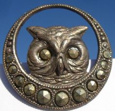 "RARE 1940's ""Owl"" Vintage Antique with Steels Pewter Picture Button 