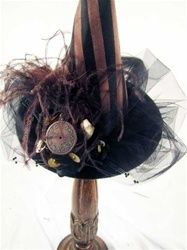 brown & black feathers