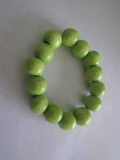 Wood beads bracelet - Light green :)