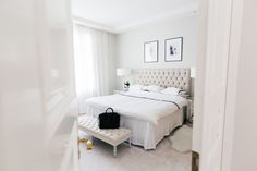 makuuhuone discovered by Emmi on We Heart It Bedroom Ottoman, Studio Living, Pretty Room, Minimalist Home Decor, Cozy Room, Classic Interior, Home Decor Bedroom, Bedroom Ideas, Clean Bedroom