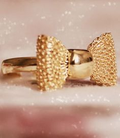 Gold Bow Ring ♥
