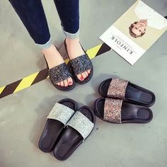 193b22a78c4907 Summer New Woman Shoes Beach Sandals and Slippers Flat bottom Thick Sandals  Comfortable Bathroom Shoes Flip flops