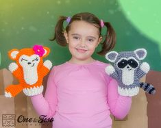 Flora the Fox and Ryo the Raccoon Puppets  PDF by oneandtwocompany