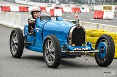 Bugatti Cars, Grand Format, Automotive Art, Alsace, Formula 1, Cars And Motorcycles, Vintage Cars, Cool Cars, Race Cars