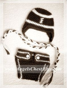 PDF PATTERN Diaper cover or diaper cozy for Newborn to 12 months Boy and Girl Photography Prop Crochet No. Crochet Beanie, Knit Crochet, Crochet Hats, Cool Patterns, Crochet Patterns, Baby Patterns, Cozy Cover, Baby Cocoon, Yarn Sizes