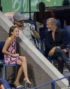 Leonardo DiCaprio attends the men's final at Arthur Ashe Stadium of 2016 US Open in Flushing, New York. Leonardo Dicaprio, School Girl Outfit, Girl Outfits, Sunday In New York, Selfies, Leo And Kate, Camila Morrone, Red Summer Dresses, People