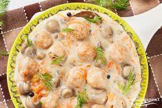 Lekkie pulpeciki z indyka w sosie pieczarkowo-marchewkowoym Shrimp, Food And Drink, Soup, Meat, Chicken, Ethnic Recipes, Dinners, Kitchen, Beef