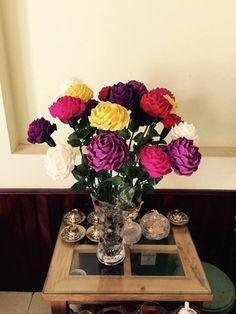 Rose paper flower - Full video tutorial at: https://www.youtube.com/watch?v=44ka2uG8Lhw&index=9&list=PLoh5l3A2Cl68yQ9OoUUKx75XTki8ZL775