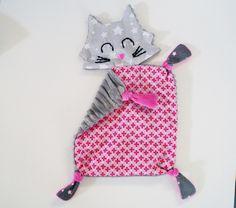 doudou chat, doudou plat gris et rose : Jeux, peluches, doudous par barbotille