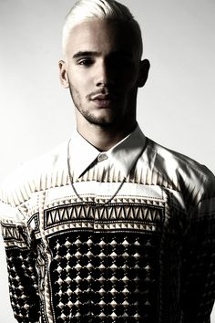 This is givenchy, but the brand is unimportant. #endlabelchasing The pattern is crisp and can be easily styled.