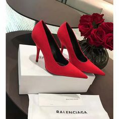 BALENCIAGA Knife extreme point-toe pumps Red
