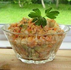 J'ai fait cette belle recette cet été. Tous ont été d'accord pour dire que c'était excellent. Ingrédients : 2 tasses de pâtes courtes no... Mandoline, Bacon, Cold Meals, Vinaigrette, Guacamole, Dire, Potato Salad, Cabbage, Quinoa