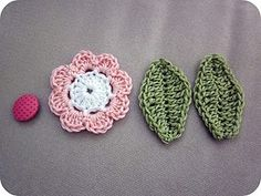 crocheted flower & leaves....tutorial.....i think even i could do this...ROFLOL