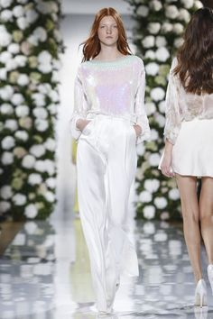Valentin Yudashkin Ready To Wear Spring Summer 2015 Paris