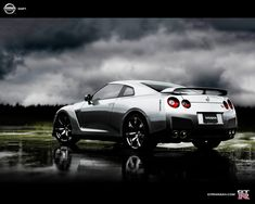 Nissan is known for its solid family vehicles, but their 2015 GT-R Nismo has just set the fastest lap time ever for a production car at Nürburgring Nissan Gt R, Renault Nissan, Nissan 350z, Cool Wallpapers Cars, Nissan Gtr Wallpapers, Skyline Gtr R35, Nissan Skyline, Yokohama, Cars