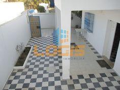 Loi Pinel, Tile Floor, Flooring, Texture, Crafts, Home, Surface Finish, Manualidades, Tile Flooring