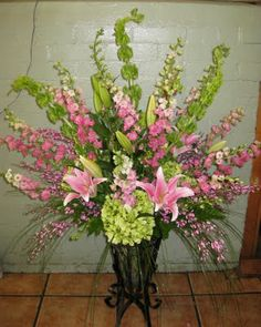 large flower arrangements for church | church arrangement was the inspiration for the similar arrangement ...