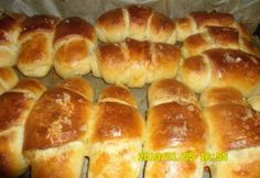 Hot Dog Buns, Hot Dogs, Hungarian Recipes, Scones, Hamburger, Breads, Food, Holiday, Shopping