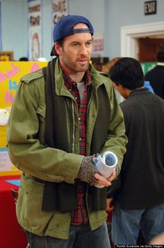 10 Luke And Lorelai Moments That Will Tug Your 'Gilmore Girls' Heart Strings All The Way Out