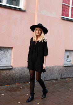 all black, love it. Josefin Dahlberg