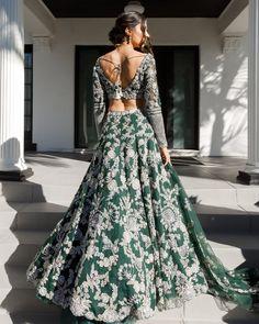 Emerald Green and Gold Lehenga | Custom Indian Bridal Wear Desi Wedding Dresses, Indian Wedding Outfits, Indian Outfits, Bridal Dresses, Indian Clothes, Bridal Outfits, Indian Fashion Dresses, Indian Gowns, Indian Designer Outfits