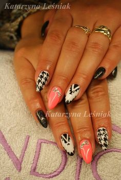 by Kasia Leśniak, Double Tap if you like #mani #nailart #nails Find more Inspiration at www.indigo-nails.com