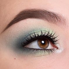 "💚🍃 makeup by @greta_ag using our Crème Shadow in ""Underpainting"" • eyeshadows in ""Antique  White"", ""Zoe"", ""Atmosphere"", ""Babylon"" • ""Le Film Noir"" mascara 💚 #NABLA #NablaCosmetics #veganmakeup"