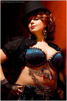 beautiful plus size belly dancer