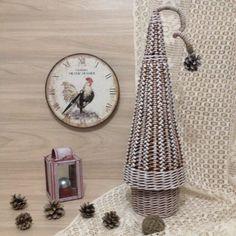 Плетеные изделия к Новому году | oblacco Willow Weaving, Textiles, Seasonal Decor, Wicker, Recycling, Photo Wall, Basket, Ideas, Decorative Accessories