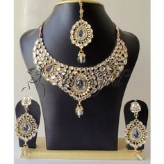 GORGEOUS BRIDAL WHITE KUNDAN SET