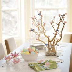 It is March which means Easter is around the corner. I am always looking for fun ideas for the Easter table and have found many nice ideas f...