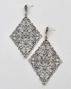 Filigree Design Dangles earrings