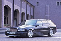 Wald Mercedes-Benz W124 TE model 1999