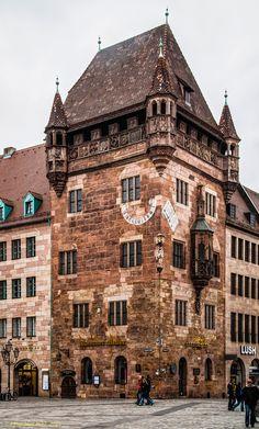 Nürnberg, Nassauer Haus oder Schlüsselfeldersche Stiftungshaus. Nuremberg, Bavaria, Germany   by Polybert49