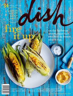 This cover's colors and textures are the main attractive features. The font choice for the magazine title is unique. Food Graphic Design, Menu Design, Food Design, Food Styling, Amazing Food Photography, Cookbook Design, Magazin Design, Magazine Layout Design, Grafik Design