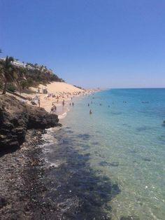 ¿Quien se puede resistir a pegarse un baño en esta pedazo de playa?.  Foto de Marina Setaro